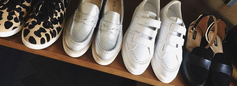 In de schoenenkast van Anna Nooshin