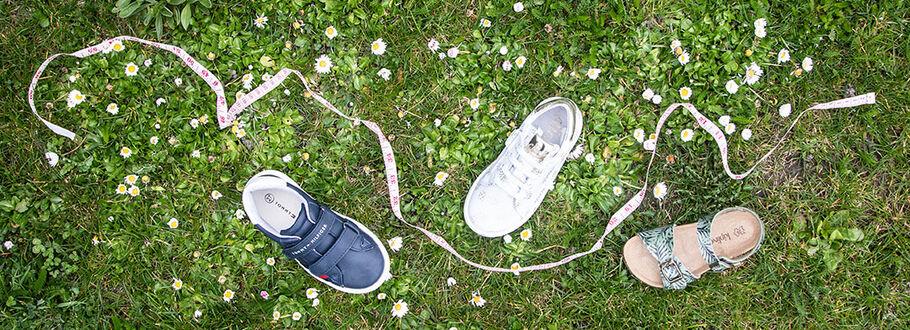Verkooppunten Hip Kinderschoenen.Tips Voor Smalle Kinderschoenen Omoda Nl
