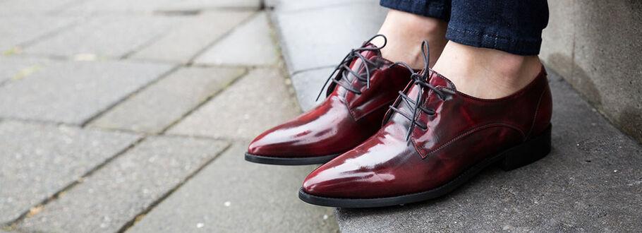 Point it out: puntige schoenen