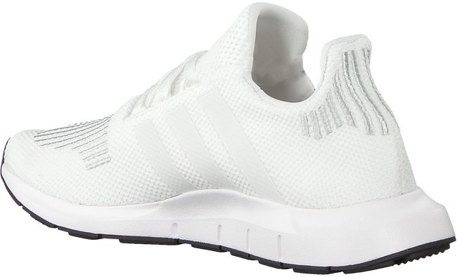 Witte ADIDAS Sneakers SWIFT RUN J - large