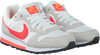 Witte NIKE Sneakers MD RUNNER 2 WMNS  - small