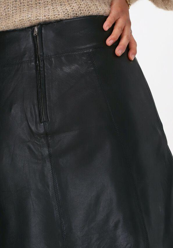 Zwarte SELECTED FEMME Minirok IBI MW LEATHER SKIRT B - larger
