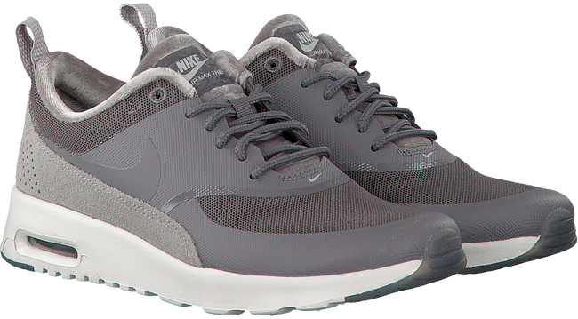 Grijze NIKE Sneakers AIR MAX THEA LX WMNS - large