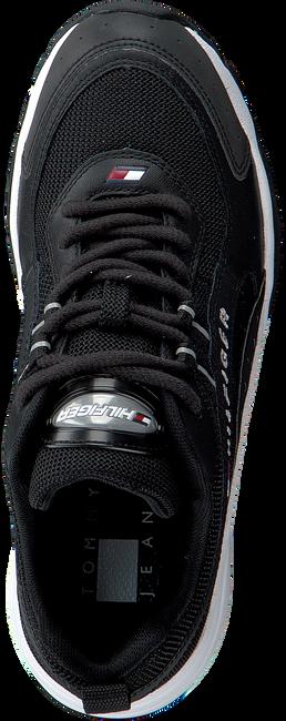 Zwarte TOMMY HILFIGER Lage sneakers HERITAGE RUNNER WMNS  - large