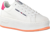 Witte TOMMY HILFIGER Lage sneakers OVERSIZED LABEL ICON  - small