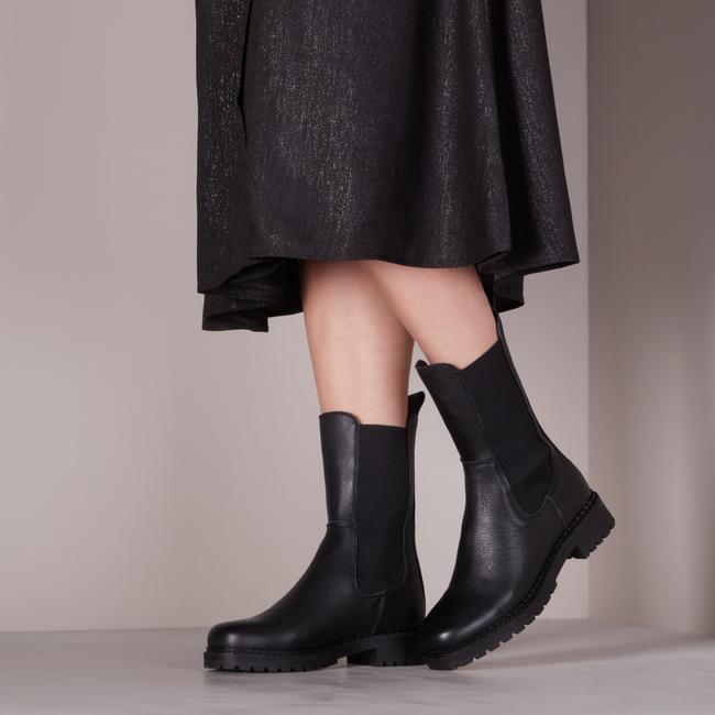 Zwarte TANGO Chelsea boots JULIE - large