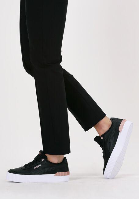 Zwarte PUMA Lage sneakers CARINA LIFT METALLIC POP WNS - large