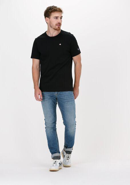 Zwarte CHAMPION T-shirt SMALL C LOGO T-SHIRT - large