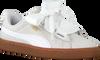 Witte PUMA Sneakers BASKET HEART PERF GUM WMN  - small