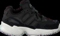 Zwarte ADIDAS Sneakers YUNG-96 C  - medium