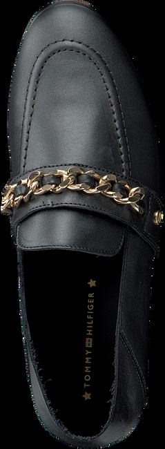 Zwarte TOMMY HILFIGER Loafers CHAIN DETAIL LOAFER  - large