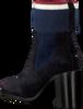 Blauwe TOMMY HILFIGER Enkellaarsjes COSY HIGH HEEL  - small