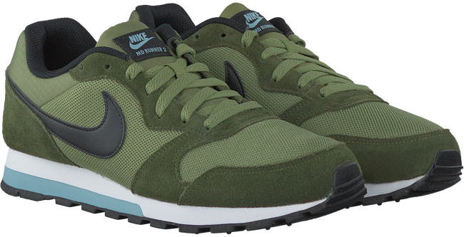 groene NIKE Sneakers MD RUNNER HEREN  - large