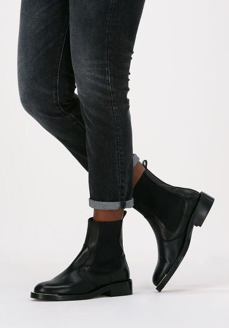Zwarte TORAL Chelsea boots TL-12766  - large