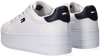 Witte TOMMY HILFIGER Lage sneakers ICONIC ESSENTIAL FLATFORM  - small
