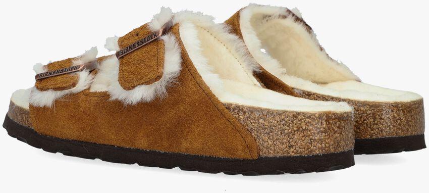 Bruine BIRKENSTOCK Pantoffels ARIZONA FELL  - larger