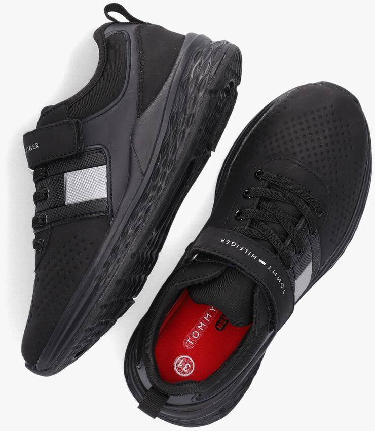 Zwarte TOMMY HILFIGER Lage sneakers 32080  - larger