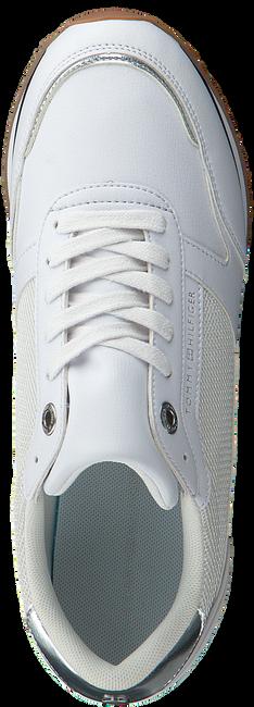 Witte TOMMY HILFIGER Lage sneakers FEMININE MONOGRAM  - large