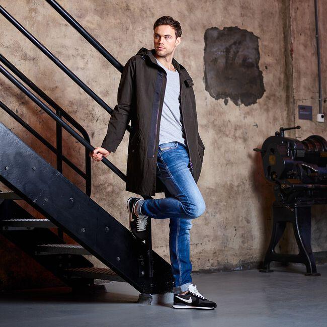 Zwarte NIKE Sneakers INTERNATIONALIST MEN  - large