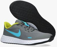 Grijze NIKE Lage sneakers REVOLUTION 5 (GS)  - medium