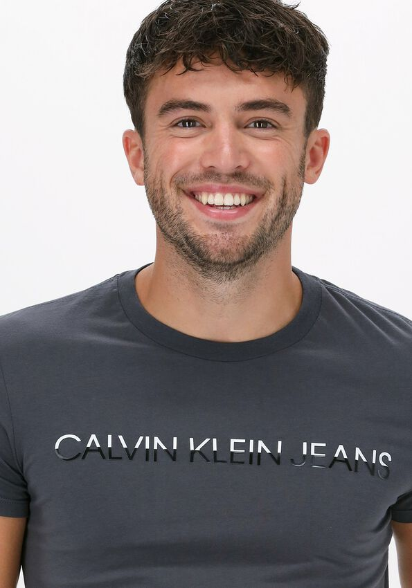 Grijze CALVIN KLEIN T-shirt MIXED INSTIT TECHNIQUE TEE  - larger