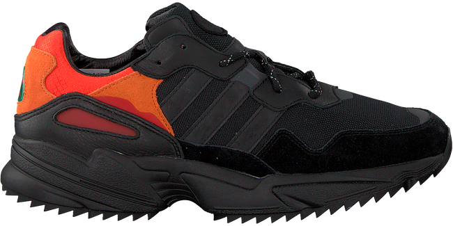 Zwarte ADIDAS Sneakers YUNG-96 TRAIL  - large