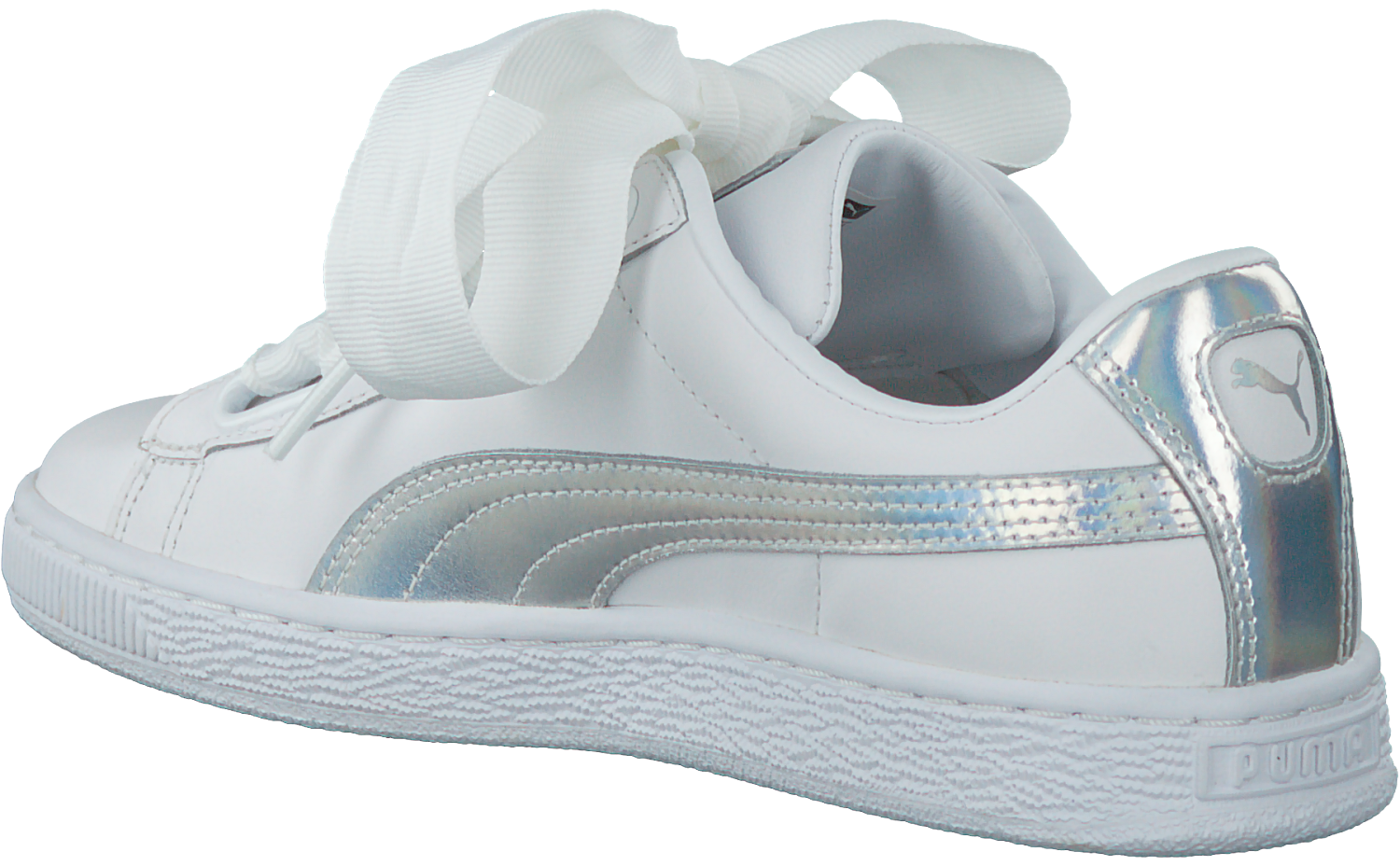 3f2896e0061 Witte PUMA Sneakers BASKET HEART EXPLOSIVE - large. Next