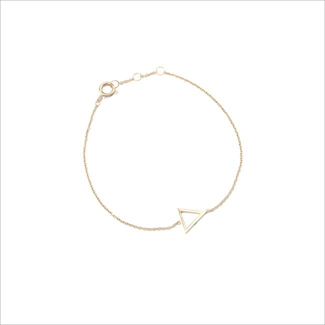 Gouden ATLITW STUDIO Armband SOUVENIR BRACELET OPEN TRIANGLE - large