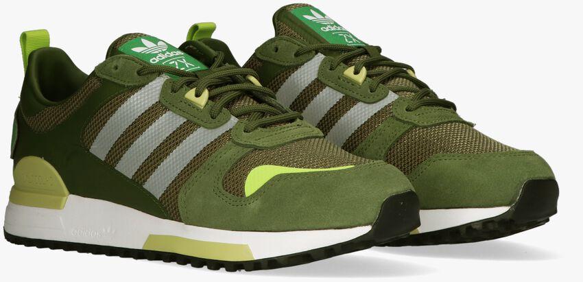 Groene ADIDAS Lage sneakers ZX 700 HD MEN  - larger