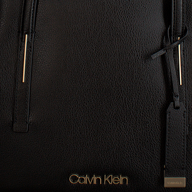 Zwarte CALVIN KLEIN Shopper FRAME MED SHOPPER - large