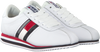 Witte TOMMY HILFIGER Sneakers TOMMY JEANS RETRO FLAG SNEAKER  - small