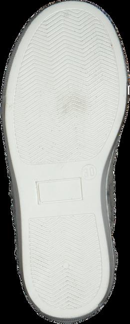 Zilveren P448 Sneakers LOVE - large