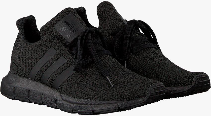 Zwarte ADIDAS Sneakers SWIFT RUN J  - larger
