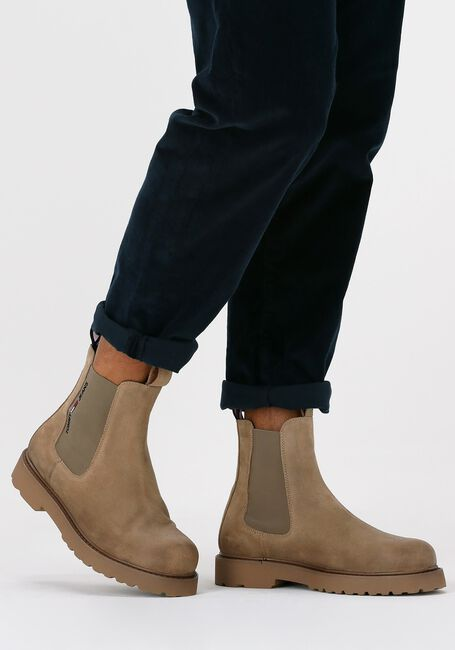 Bruine TOMMY JEANS Chelsea boots SUEDE CHELSEA - large