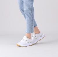 Witte NIKE Lage sneakers RENEW RIDE 2 WMNS  - medium