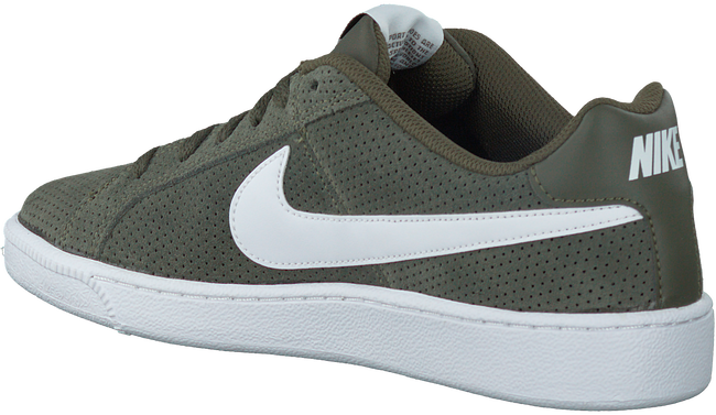 Groene NIKE Sneakers COURT ROYALE SUEDE MEN  - large