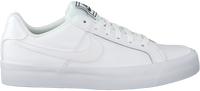Witte NIKE Sneakers COURT ROYALE AC WMNS - medium