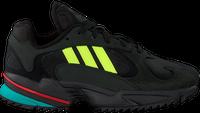 Zwarte ADIDAS Sneakers YUNG-1 TRAIL  - medium