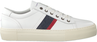 Witte TOMMY HILFIGER Lage sneakers FASHION LH LE  - medium