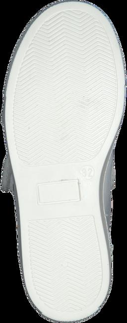 Witte OMODA Sneakers 543STAR  - large