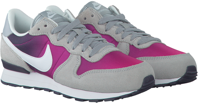 NIKE SNEAKERS INTERNATIONALIST KIDS - large