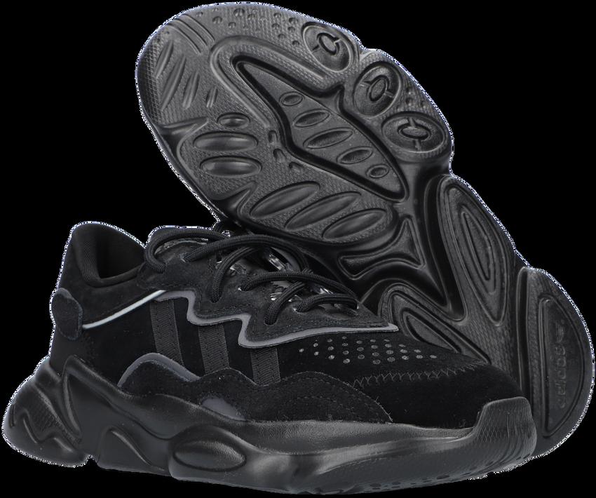 Zwarte ADIDAS Lage sneakers OZWEEGO C  - larger