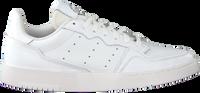 Witte ADIDAS Lage sneakers SUPERCOURT  - medium