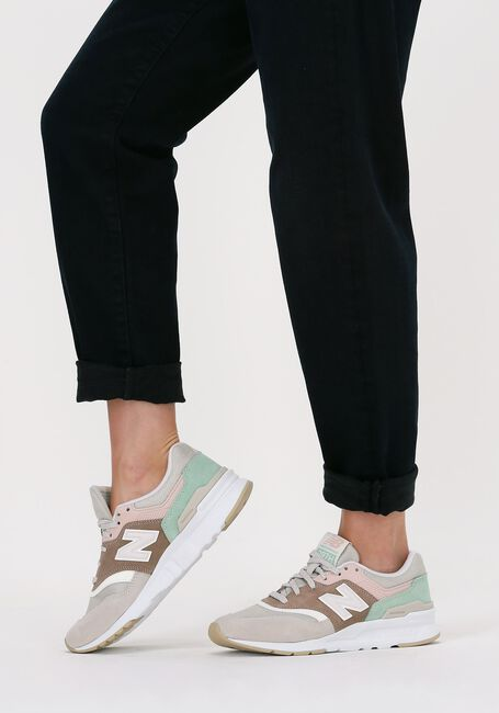 Bruine NEW BALANCE Lage sneakers CW997  - large