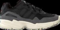 Zwarte ADIDAS Sneakers YUNG-96  - medium