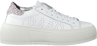 Witte P448 Lage sneakers LOUISE  - medium