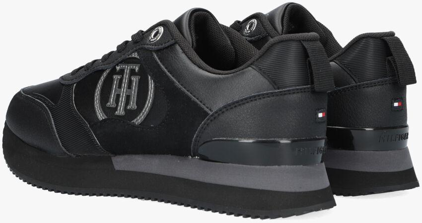 Zwarte TOMMY HILFIGER Lage sneakers FEMININE ACTIVE CITY  - larger