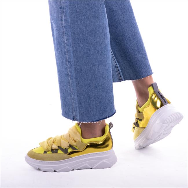 Gele 181 Sneakers KYOGA  - large