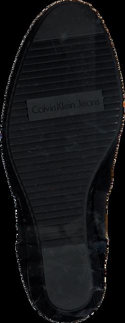 Zwarte CALVIN KLEIN Sandalen SHANNA SHANNA - large