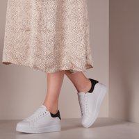 Witte LEMARÉ Lage sneakers 2494  - medium